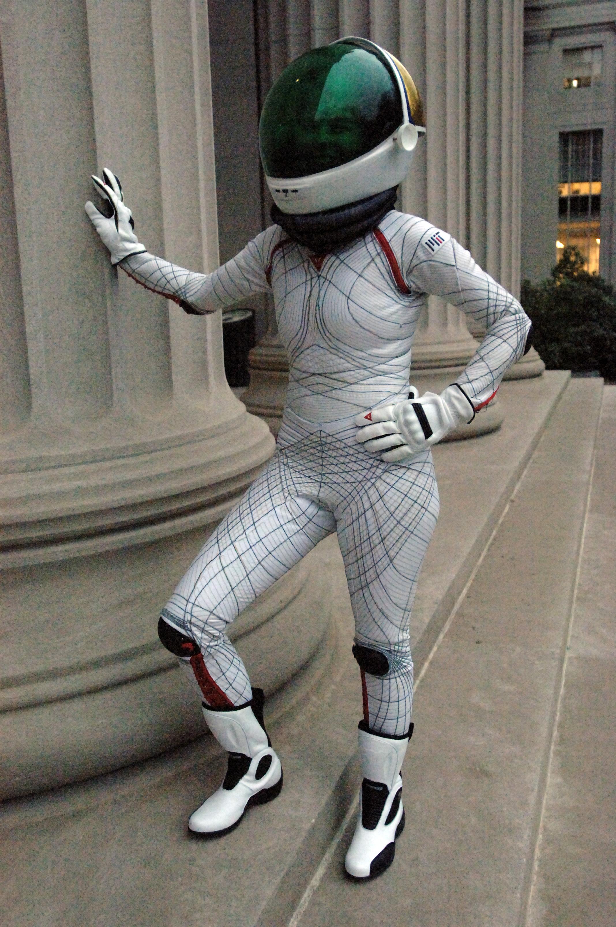 future space suits designs - photo #33